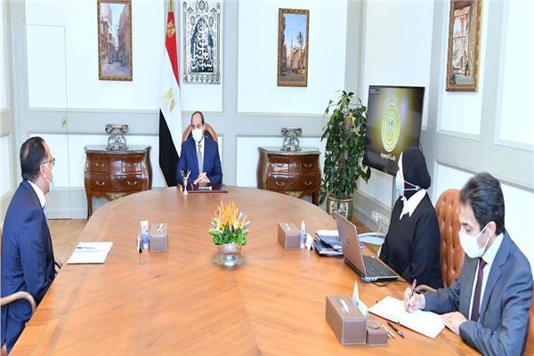 الرئيس السيسي يوجه بإنشاء مدن صناعية جديدة على مستوى الجمهورية وتطوير المدارس الفنية