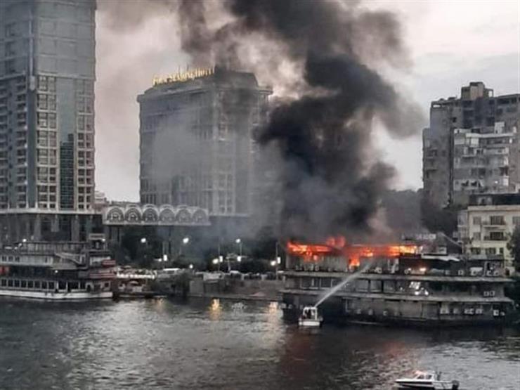 حريق هائل في باخرة نيلية بكورنيش النيل بالجيزة