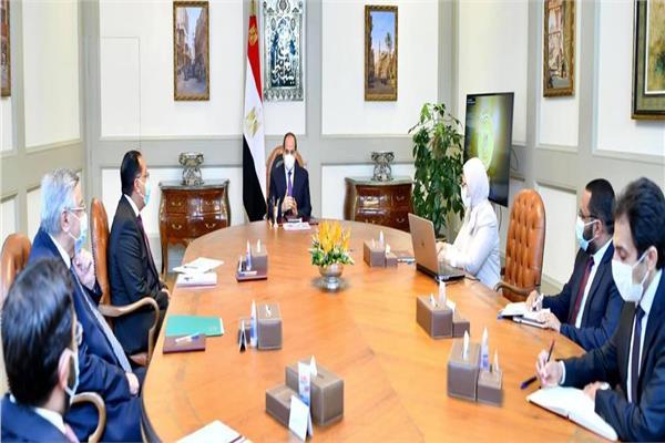 الرئيس السيسي يوجه بعمل كشوفات شاملة للصحة العامة للطلاب قبل بداية العام الدراسي