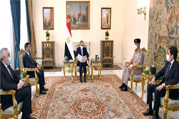 الرئيس السيسي لوزير الدفاع العراقي: مصر تدعم العراق وتسعي لتعزيز دوره القومي العربي
