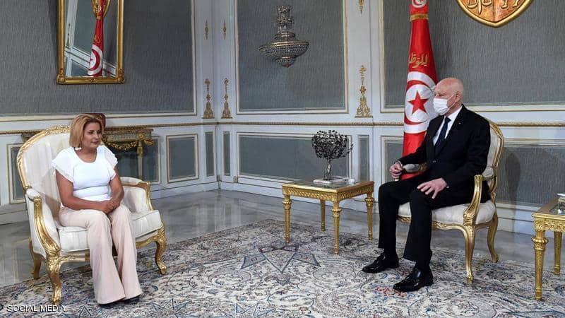 الرئيس التونسي يوجه رسالة «هامة» للشباب في تونس