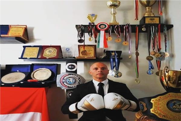 بعد اقتناص لقب بطولة العالم للكيك بوكسينج.. «أبو ستيت» يشكر القوات المسلحة