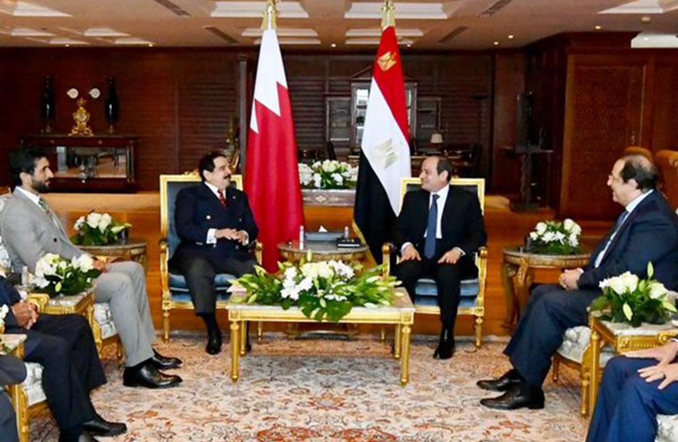الرئيس السيسي يستقبل ملك البحرين بمدينة شرم الشيخ