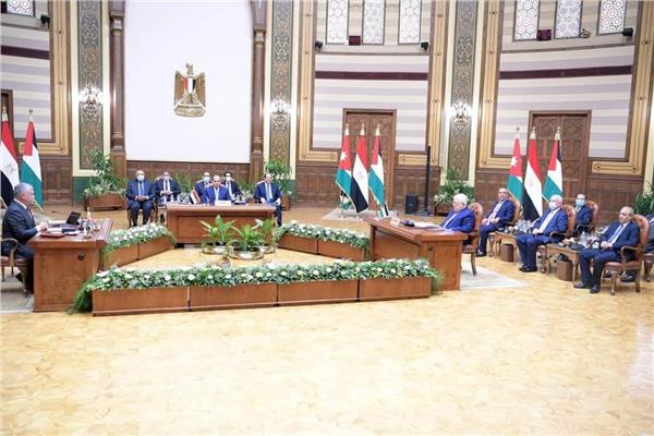 البيان الختامي للقمة الثلاثية يؤكد رفض الإجراءات الإسرائيلية اللا شرعية التي تقوض حل الدولتين