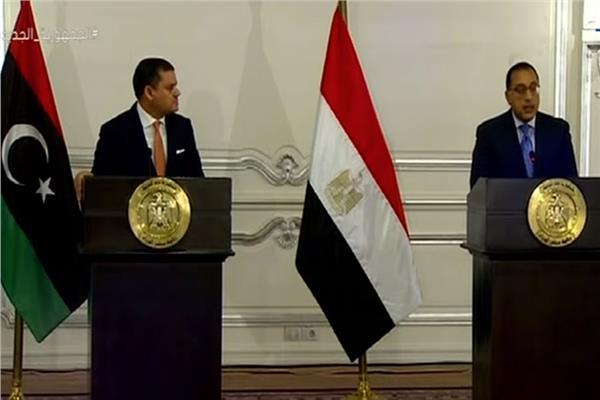 رئيس الوزراء: مصر مستمرة فى تقديم كل الدعم السياسى والاقتصادى لليبيا