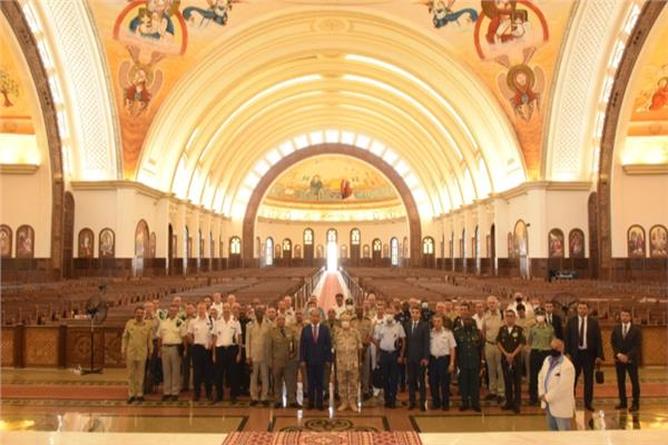 القوات المسلحة تنظم زيارة لعدد من الملحقين العسكريين العرب والأجانب للعاصمة الإدارية الجديدة
