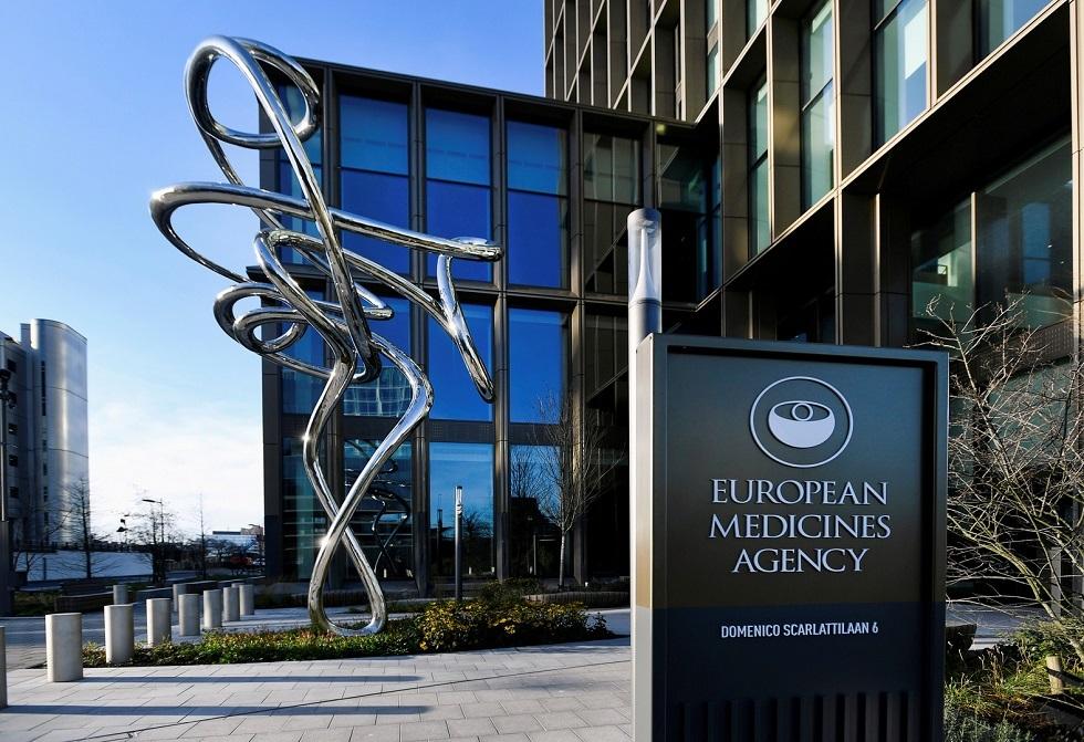 وكالة الأدوية الأوروبية تدرج اضطراب الأعصاب النادر كأثر جانبي محتمل للقاح أسترازينيكا