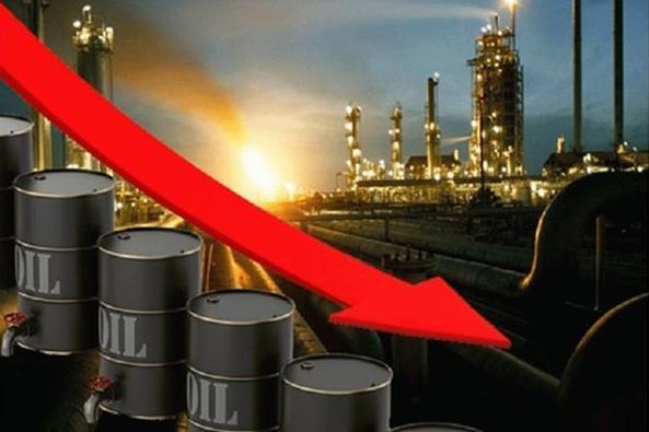 تراجع أسعار النفط العالمية بعد اعلان الصين الإفراج عن احتياطات إستراتيجية