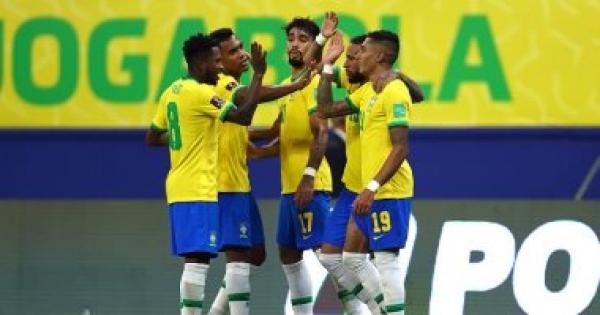 البرازيل تفوز برباعية على أوروجواي ويقترب من التأهل لـ كأس العالم 2022