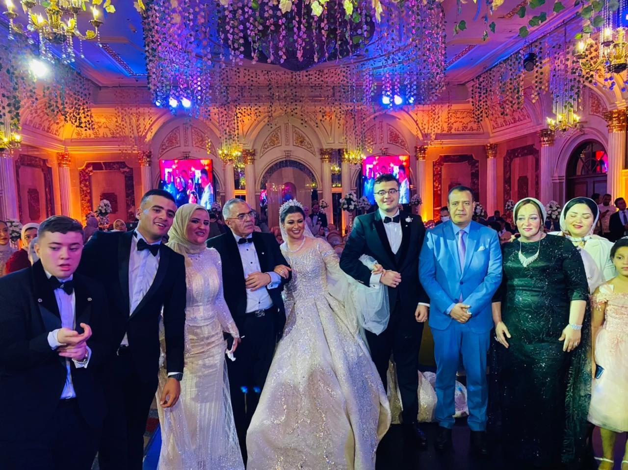 صور| زفاف نجل العميد دكتور احمد قدرى أبوحسين بحضور وزراء ومحافظين وكبار المسئولين بالدولة