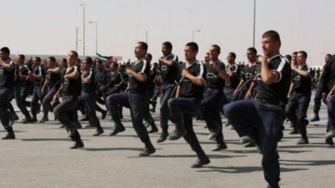مقتل مدربين عسكريين أمريكيين وآخر من جنوب أفريقيا في إطلاق نار في العاصمة الأردنية