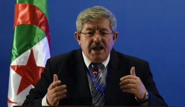انتخاب «أويحيى» أمينًا عاماً لحزب «التجمع الديمقراطي» في الجزائر
