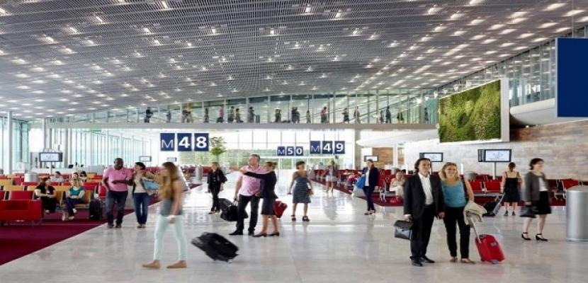 إخلاء جانب من مطار «شارل ديجول» في باريس