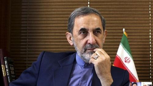 إيران ترفض الانقلاب وتدعو تركيا لاحترام اختيار الشعب السوري