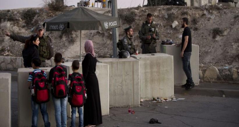 الاحتلال الإسرائيلى يكثف حواجزه العسكرية فى مدينة الخليل