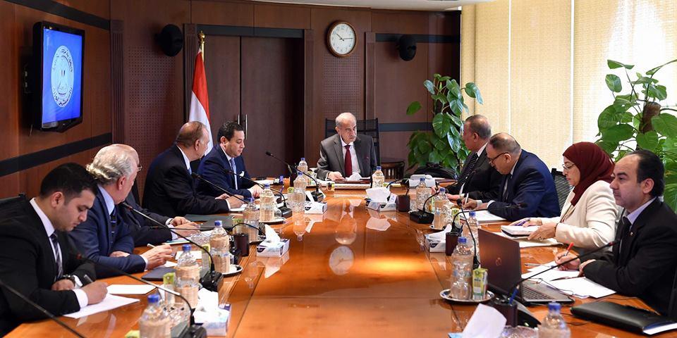 رئيس الوزراء : توجيه المخصصات المالية بالمحافظات لما يحقق مصلحة المواطن