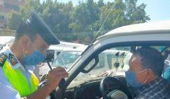 الداخلية: ضبط 2349 سائق نقل جماعي لعدم الالتزام بارتداء الكمامات