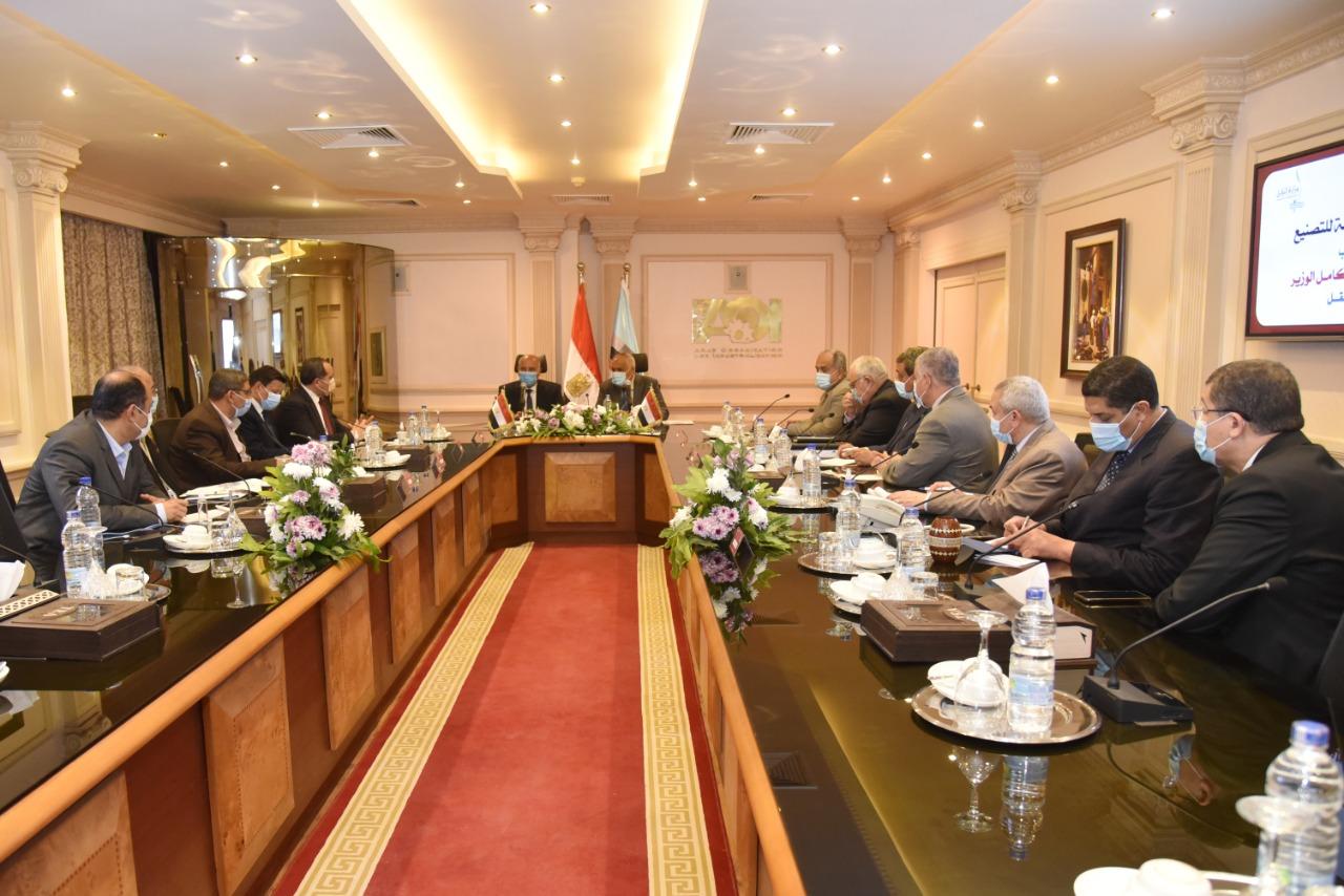 وزير النقل - رئيس الهيئة العربية-3