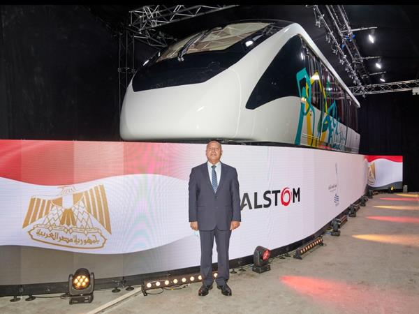 افتتاح خط إنتاج قطارات المونوريل-3